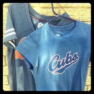 Chicago Bears & Cubs women's small t shirts